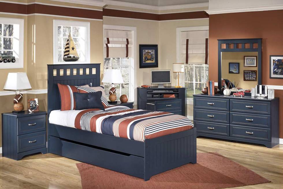 Beautiful Twin Trundle Bed